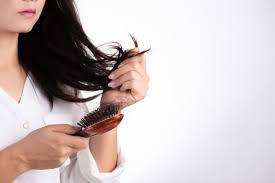 efluvio-telogeno-caida-cabello-otonal-prevencion-gente-guapa-injerto-capilar-castellon
